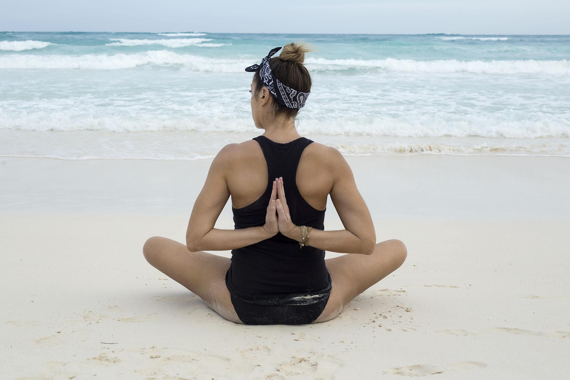 beach yoga tulum